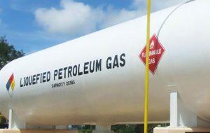 درآمد ۴ هزار میلیارد تومانی دولت از محل استفاده از گاز مایع به جای بنزین