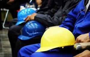 پیامدهای رکود در ۱۰رسته شغلی آسیبدیده/خطر بیکاری ۳.۷ میلیون نفر