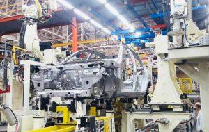 راهاندازی یک خط رباتیک جدید برای تولید بدنه S200 و Q200 در گروه سایپا/ افزایش چشمگیر تولید کوییک و ساینا برای جبران توقف تولید پراید