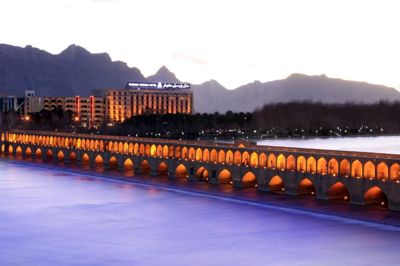 بهترین هتل های اصفهان از نظر مسافران
