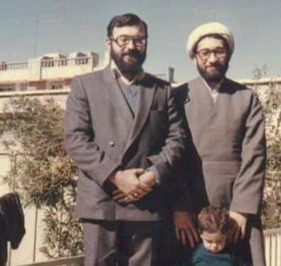 میانههای سال 75، خبری  در شرایطی که کمتر از یک سال به انتخابات مهم ریاست جمهوری [دوم خرداد76] باقی بود، محمد جواد لاریجانی خبرساز شد.